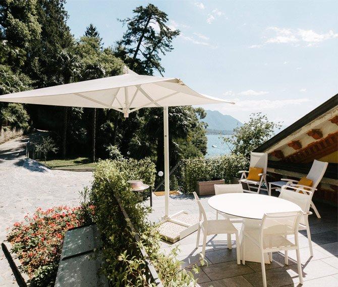 Magnolia luxury villa holidays, overlooking Lake Maggiore